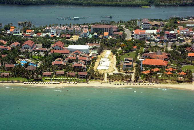 seaplane tour gives fresh glimpse of scenic da nang hinh 6