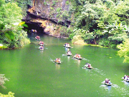 Ninh Binh, Thanh Hoa to offer joint tourism programme