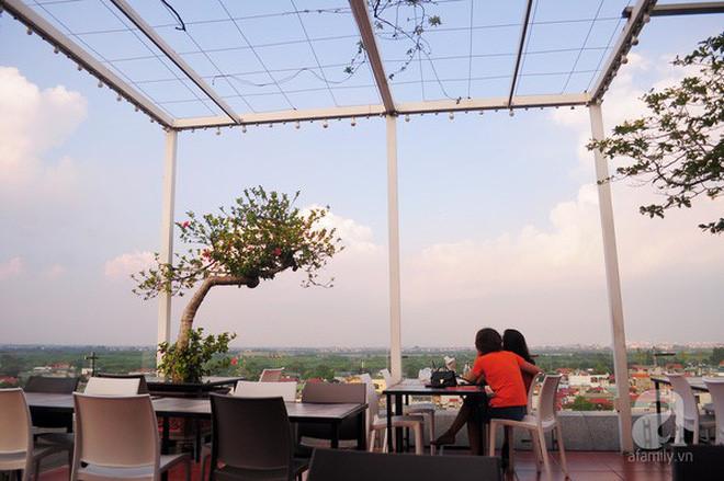 hanoi coffee shops offer fantastic skyline views hinh 12
