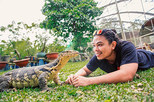 a home for pet reptiles becomes a mini zoo in southern vietnam hinh 1