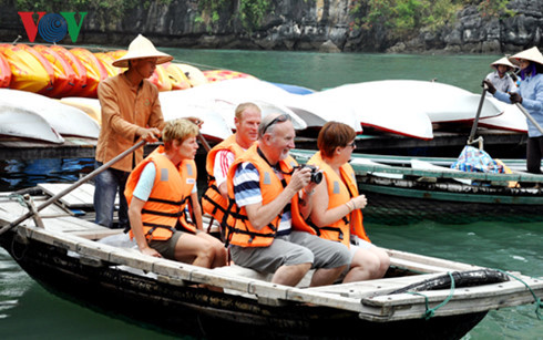 benefit-sharing for sustainable tourism development hinh 0