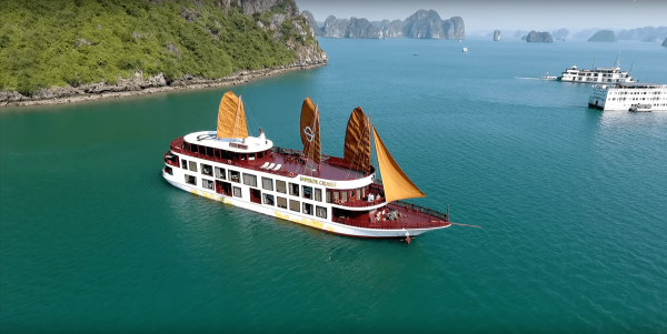 where to stay in ha long bay
