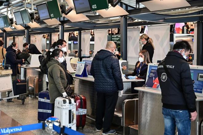 Việt Nam tạm dừng miễn visa cho 8 nước châu Âu